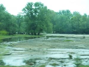 река след дъжд